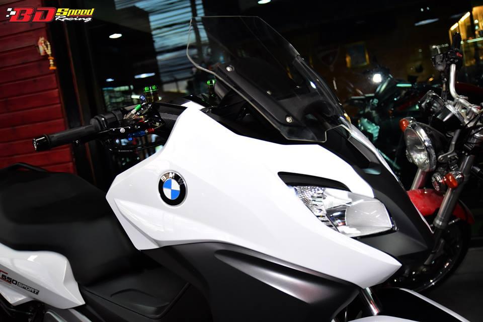 BMW C650 Sport do cang det voi dan option khung - 5