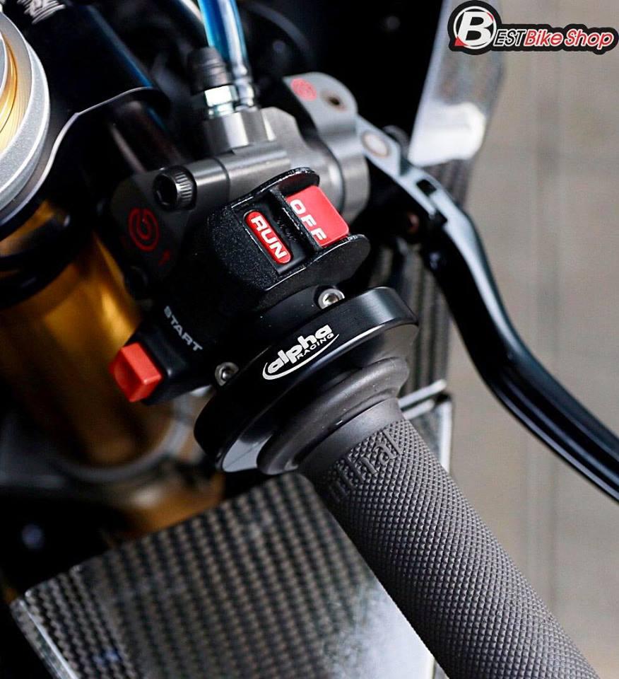 BMW HP4 ve dep tuyet sac trong trang bi full ao Carbon ilmberger - 7