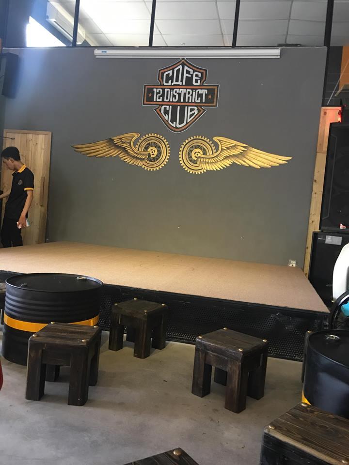 Cafe 12 District Club diem hen cua dan choi xe Sai Gon - 5