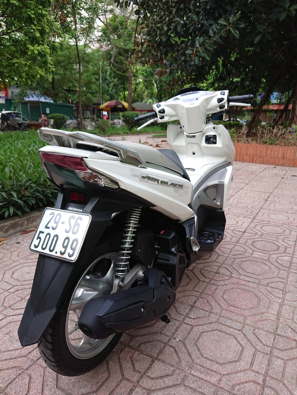CAn ban Honda Airblade 125 khoa thong minh chinh chu 2016 nhu moi di 6000km - 2