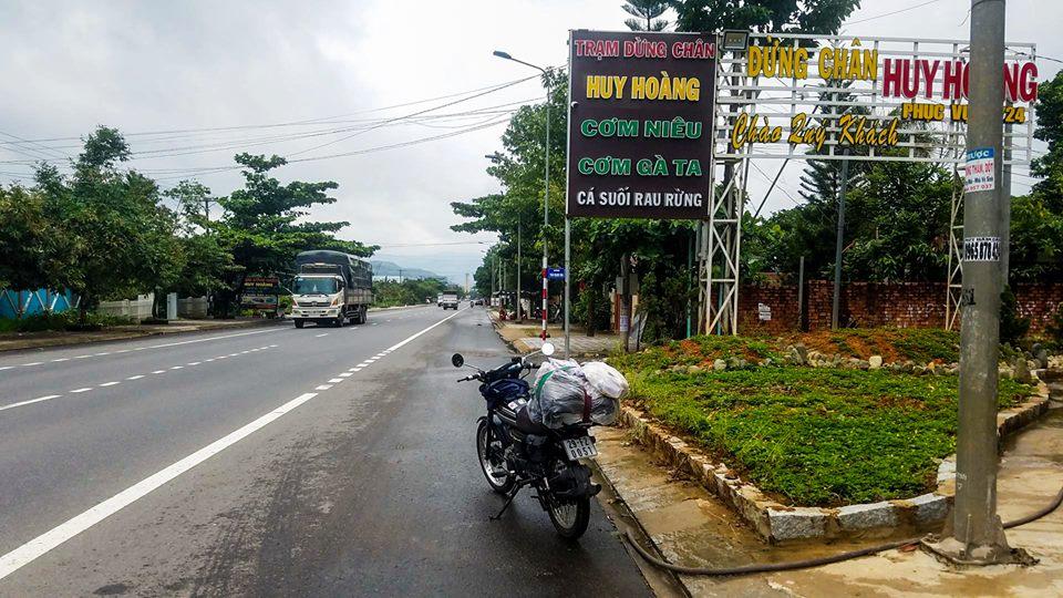 Chang trai chay Honda 67 hanh trinh TPHCM den Bao Loc day thu vi - 7