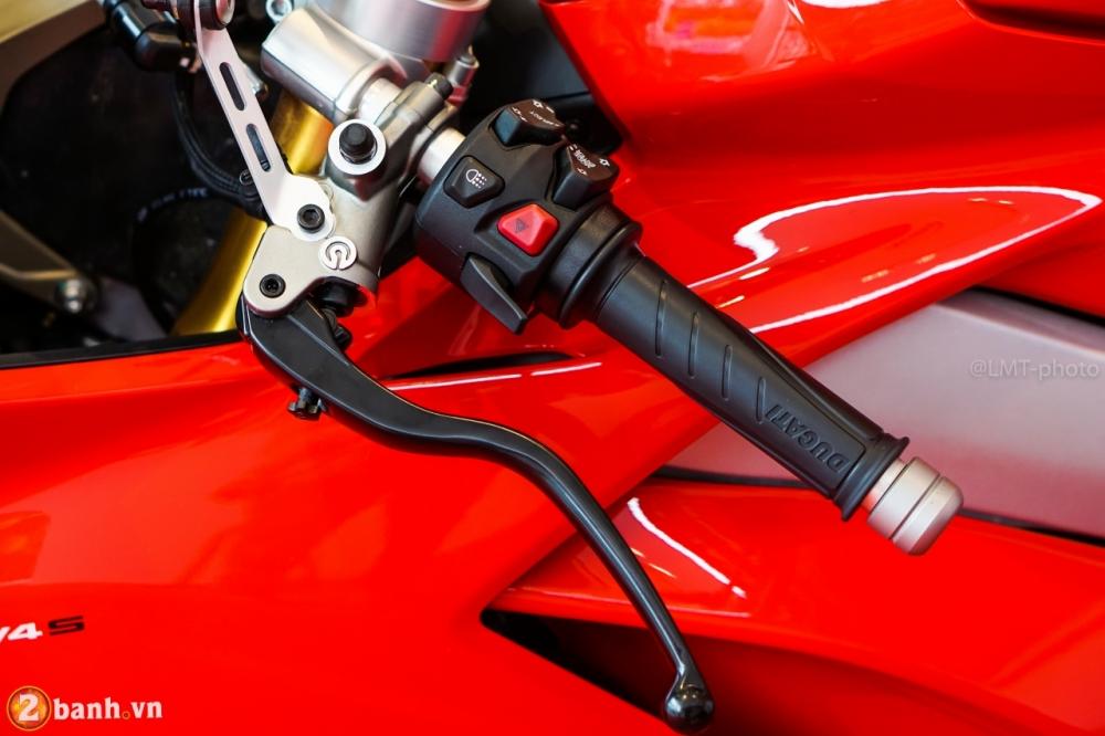 Danh gia nhanh Ducati Panigale V4 S gia khoang 937 trieu Dong tai Sai Gon - 29