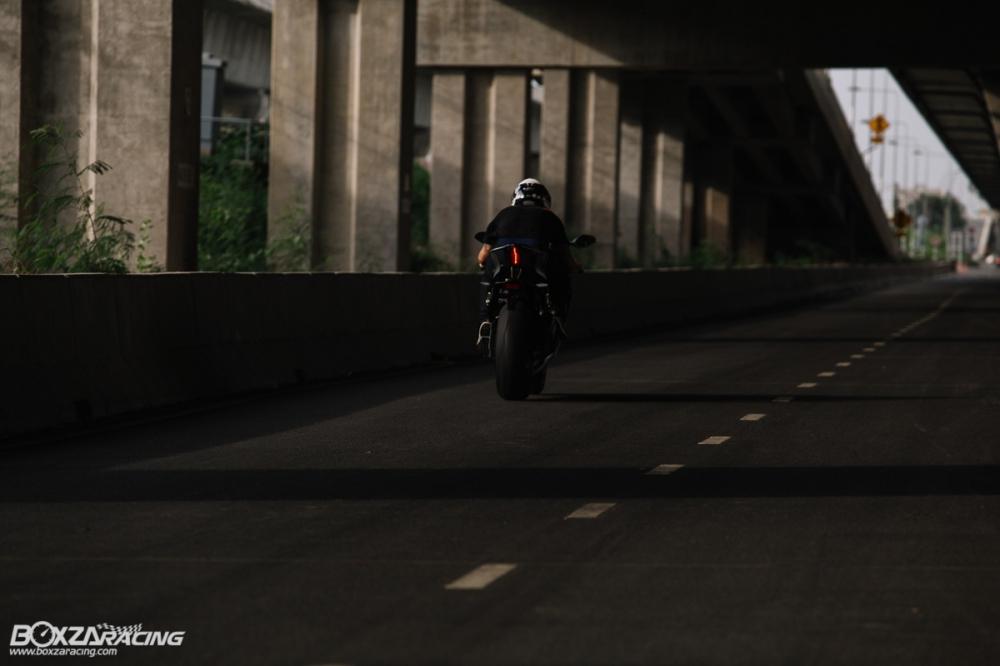 Danh gia chi tiet ve nhung diem moi tren Sportbike Yamaha R6 2018 - 24