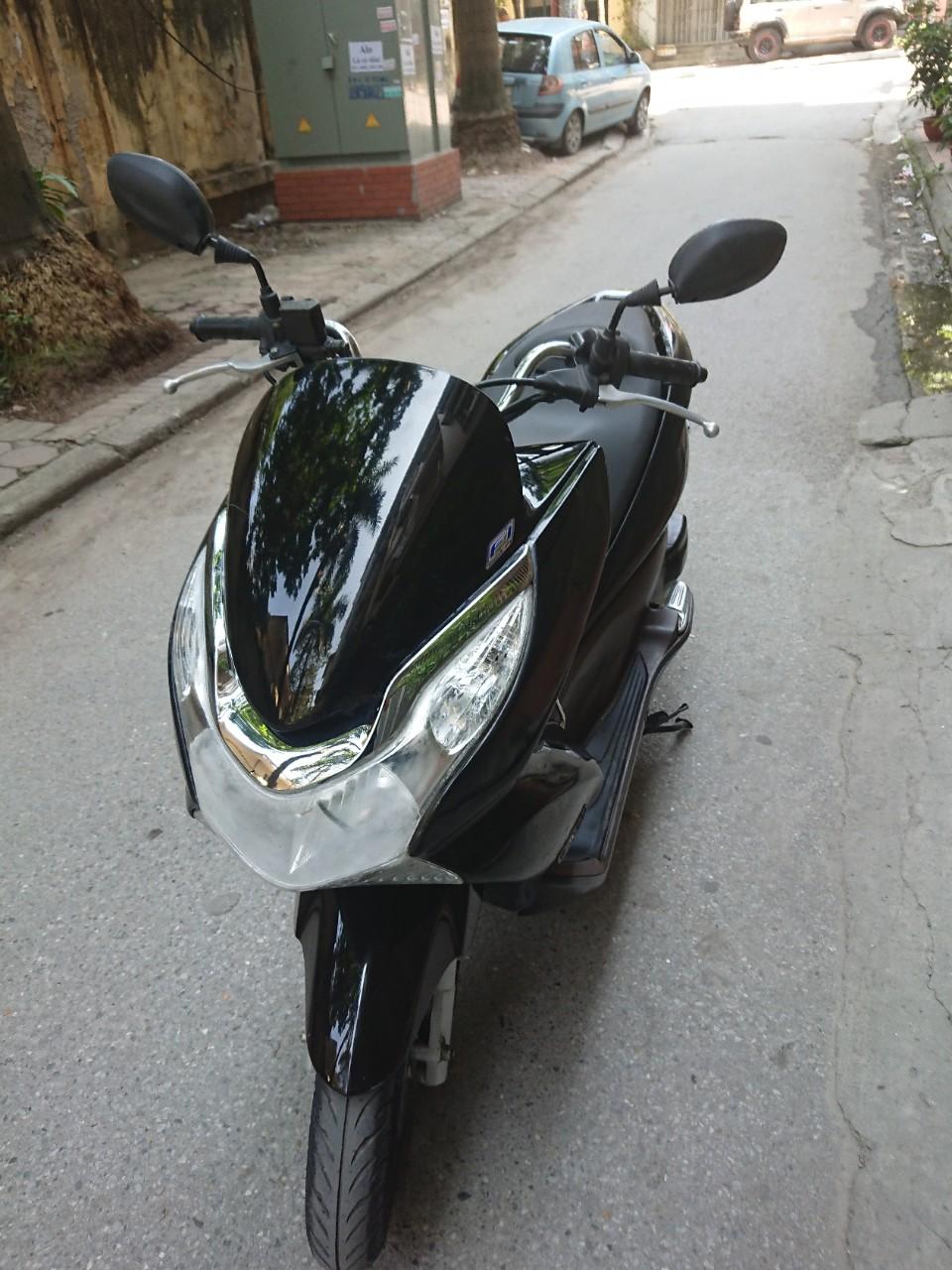 Rao ban Honda Pcx 125 fi nhap khau Thai 2011 nguyen ban chinh chu su dung