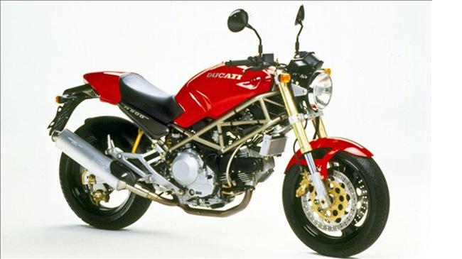 Tong hop cac doi xe Ducati Monster huyen thoai - 2