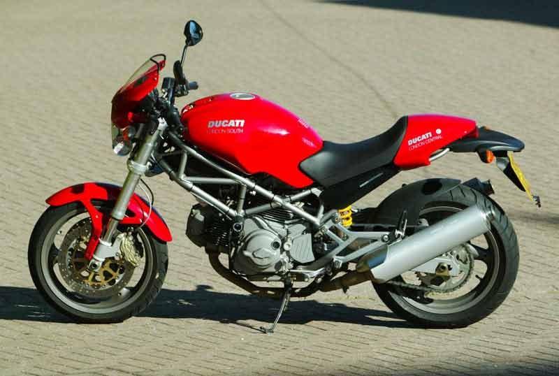 Tong hop cac doi xe Ducati Monster huyen thoai - 10