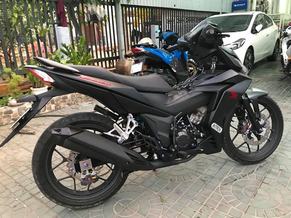 Winner 150 do dang cap voi option do choi gia tri cua biker mien Tay - 3