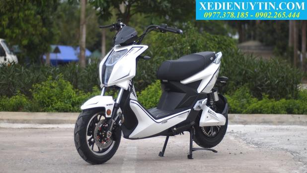 Danh gia xe may dien Xtreme V5 chinh hang 2018 - 3