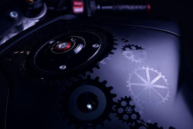 Yamaha MT10 ban bien doi mang ten TW Steel - 5