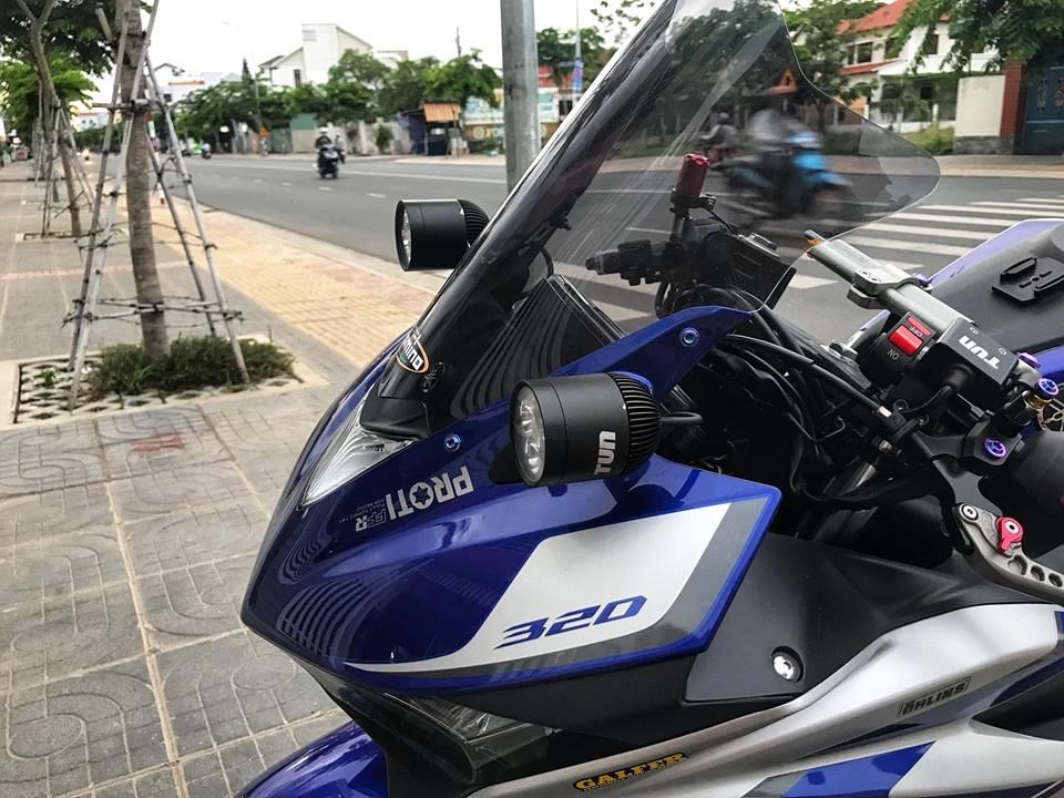 Yamaha R3 mau Sport city do phong cach Touring cua Biker Viet