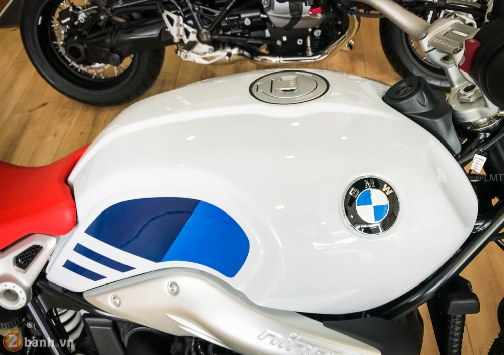 BMW R nineT Urban GS chinh hang tai Viet Nam co gia 549 trieu VND - 8