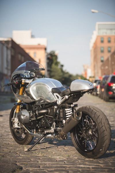 BMW RnineT ban thoat xac ngoan muc den tu Jane Motocycle - 2