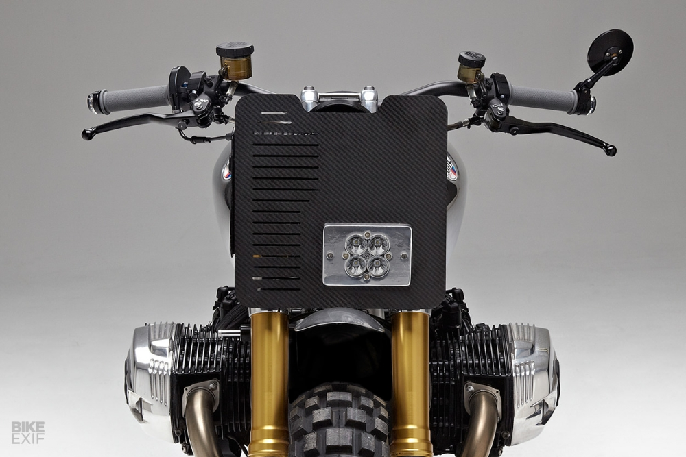 BMW RnineT ban thoat xac ngoan muc den tu Jane Motocycle