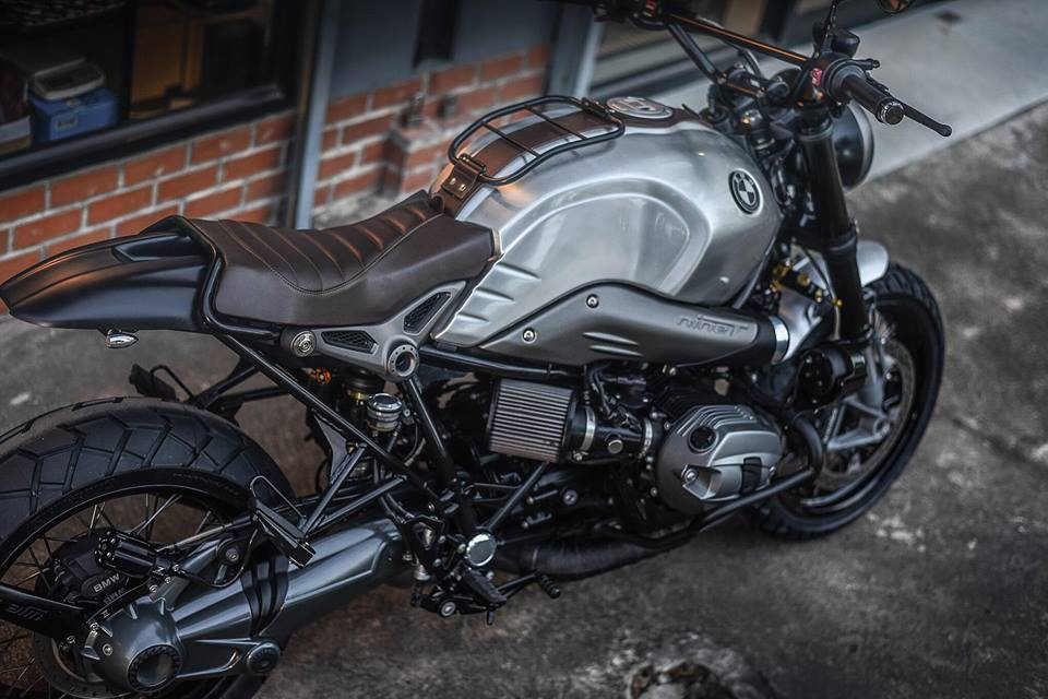 Bmw RnineT don theo phong cach Tracker style day me hoac