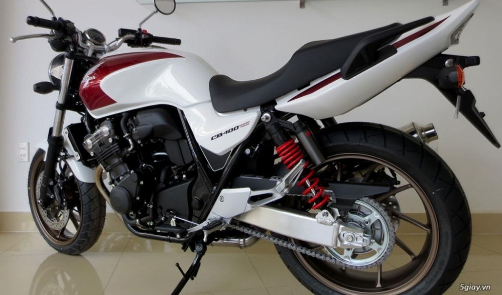 Can ban Honda CB400 2018 Super Four Mau Do Trang Den Xanh - 2
