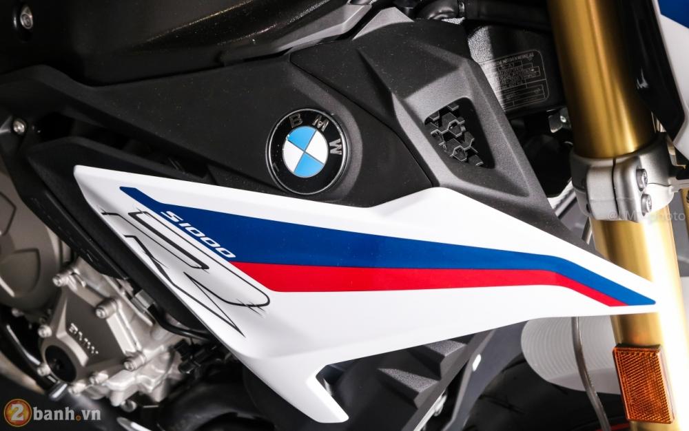 Can canh BMW S1000R 2018 full option co gia tu 529 trieu VND tai Viet Nam - 4