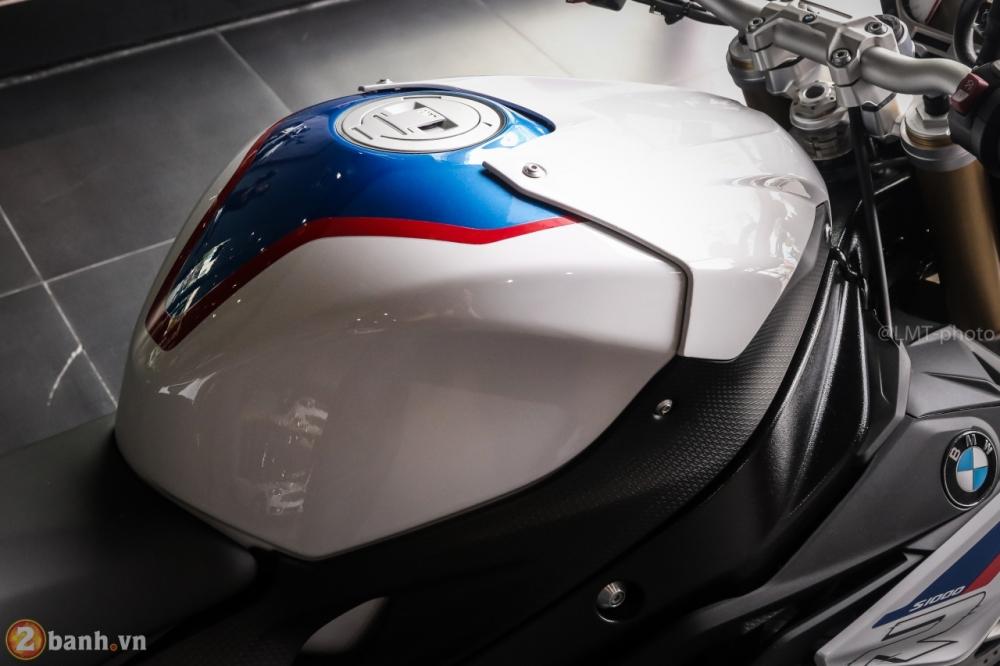 Can canh BMW S1000R 2018 full option co gia tu 529 trieu VND tai Viet Nam - 8
