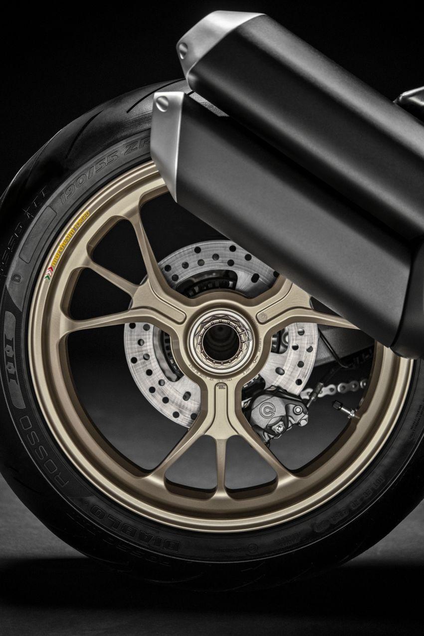 Ducati Monster 1200 phien ban ky niem 25 nam - 10