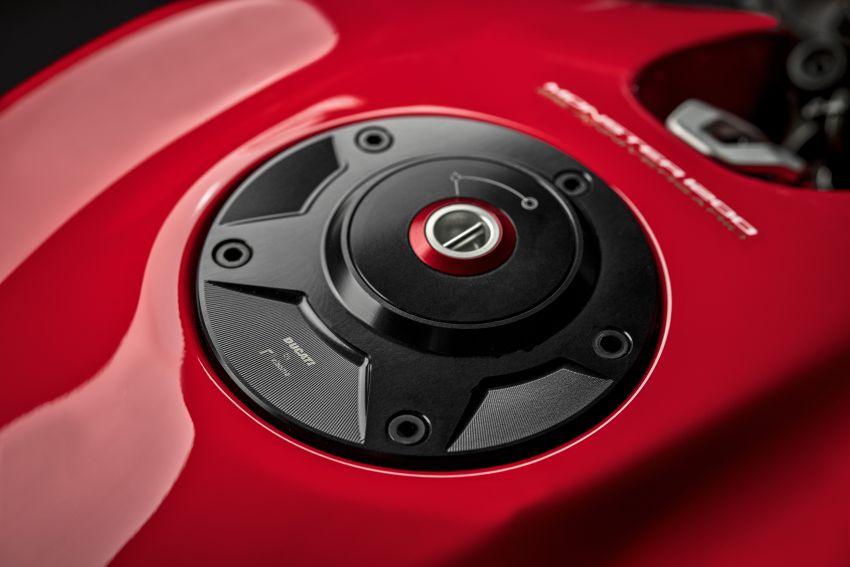 Ducati Monster 1200 phien ban ky niem 25 nam - 21
