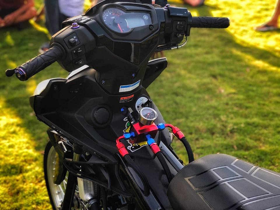 Exciter 150 do xe gio voi noi cong khung khiep cua biker Dong Nai