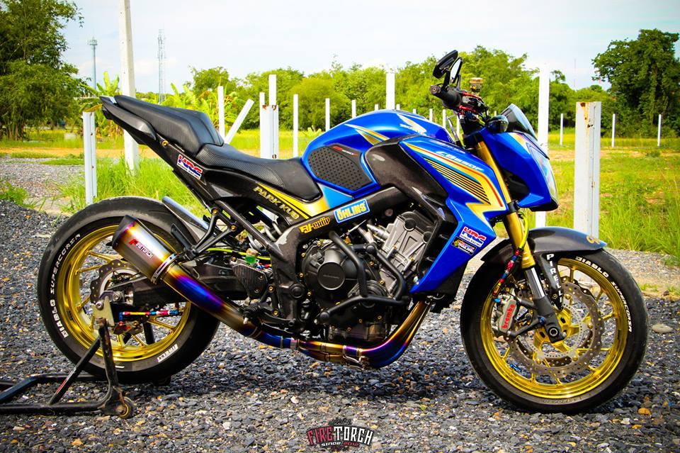 Honda CB650F day noi bat voi trang bi sac so - 3