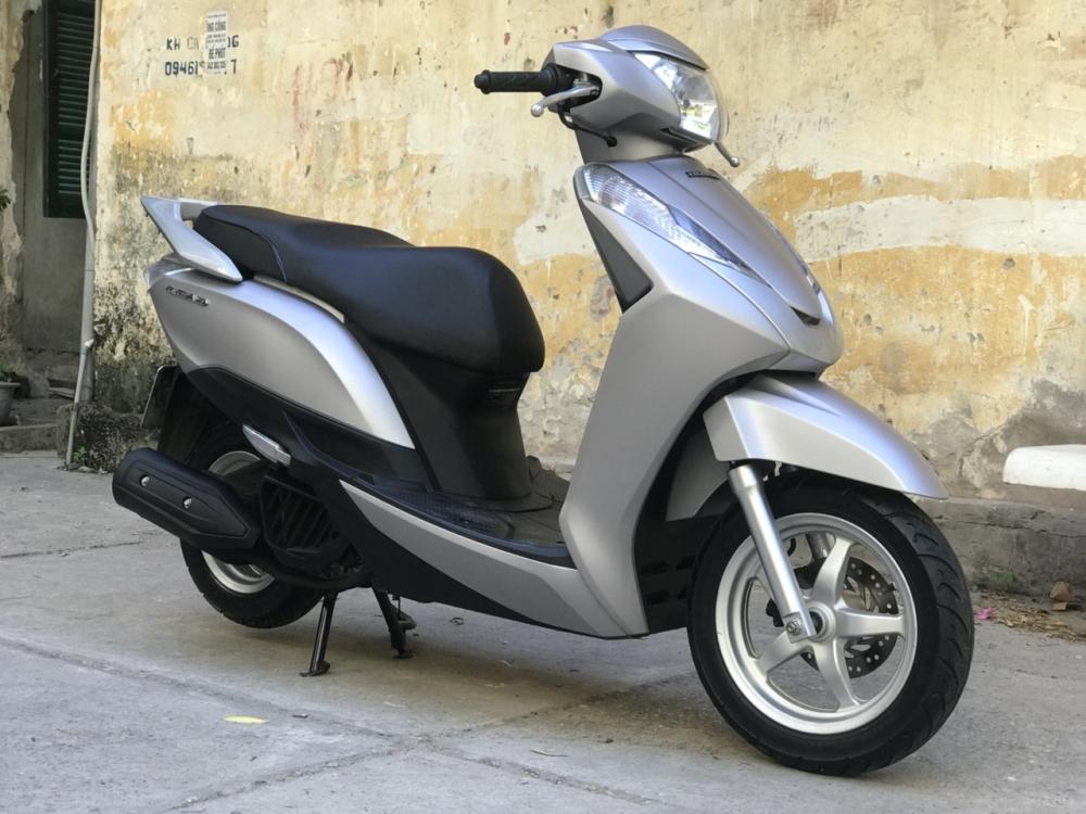 Honda Lead 125cc 2015 phien ban Den San bien dep