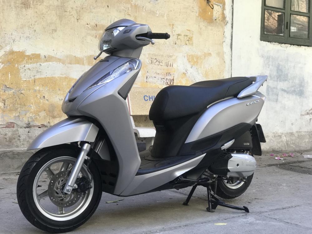 Honda Lead 125cc 2015 phien ban Den San bien dep - 4