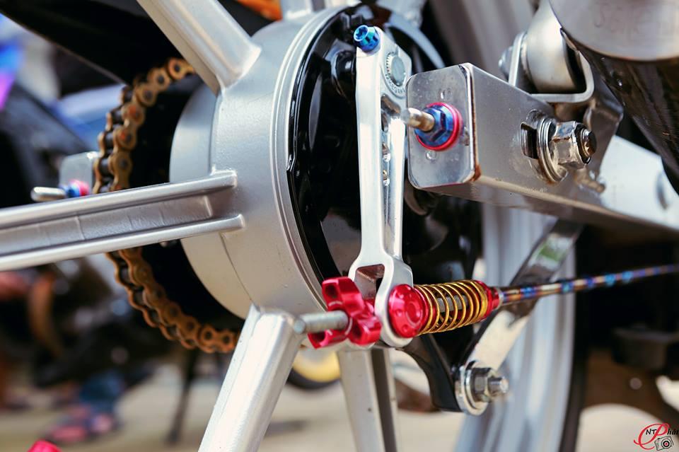 Jupiter MX Ban do day quyen ru cung dan do choi hang hieu tu Biker Viet - 10