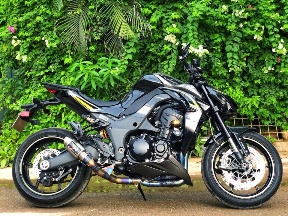 Kawasaki Z1000R Model 2017 - 2