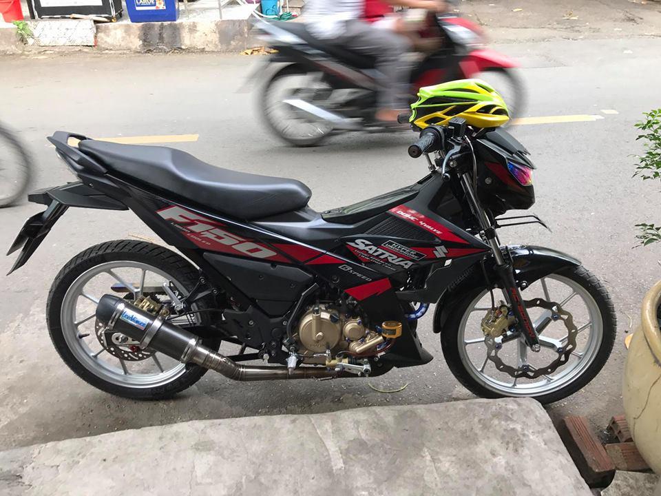 Ngam nhin Raider 150 do day thu vi voi pen dap Ducati cho phanh sau - 3