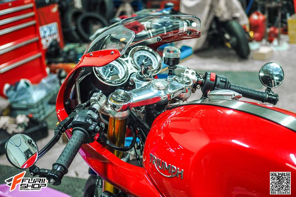 Triumph Thruxton R dep ngay ngat qua tung chi tiet do - 9