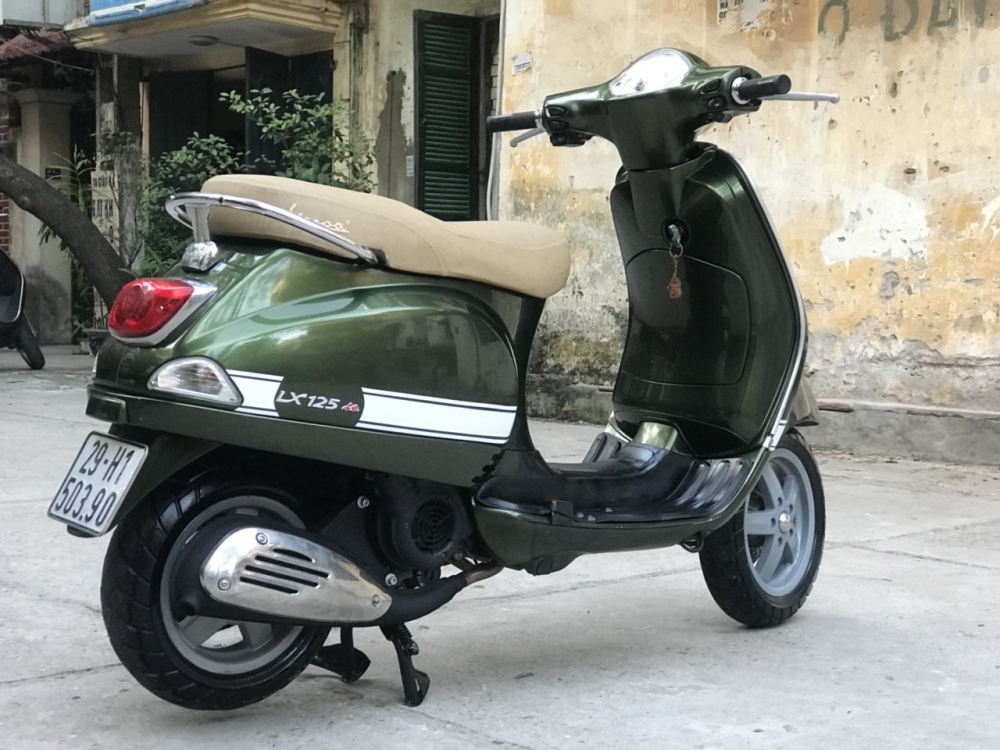 Vespa LX 125 mau Xanh Reu HOT thoi trang 2012 - 2