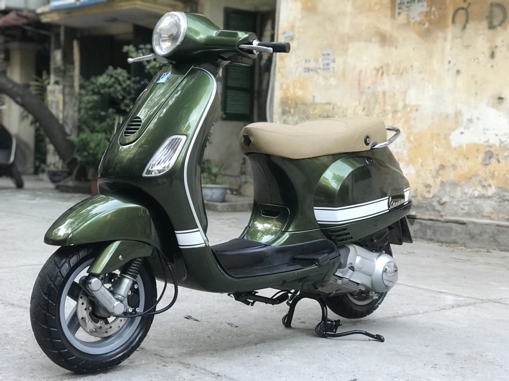 Vespa LX 125 mau Xanh Reu HOT thoi trang 2012 - 6
