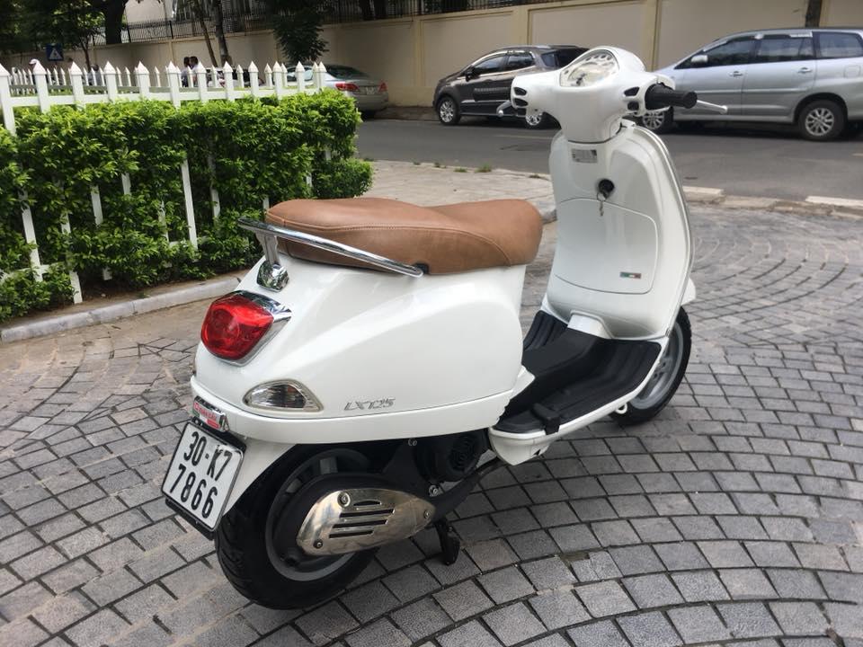 Vespa Lx 125cc VN mau trang bien Ha noi 30K7_7866 - 6