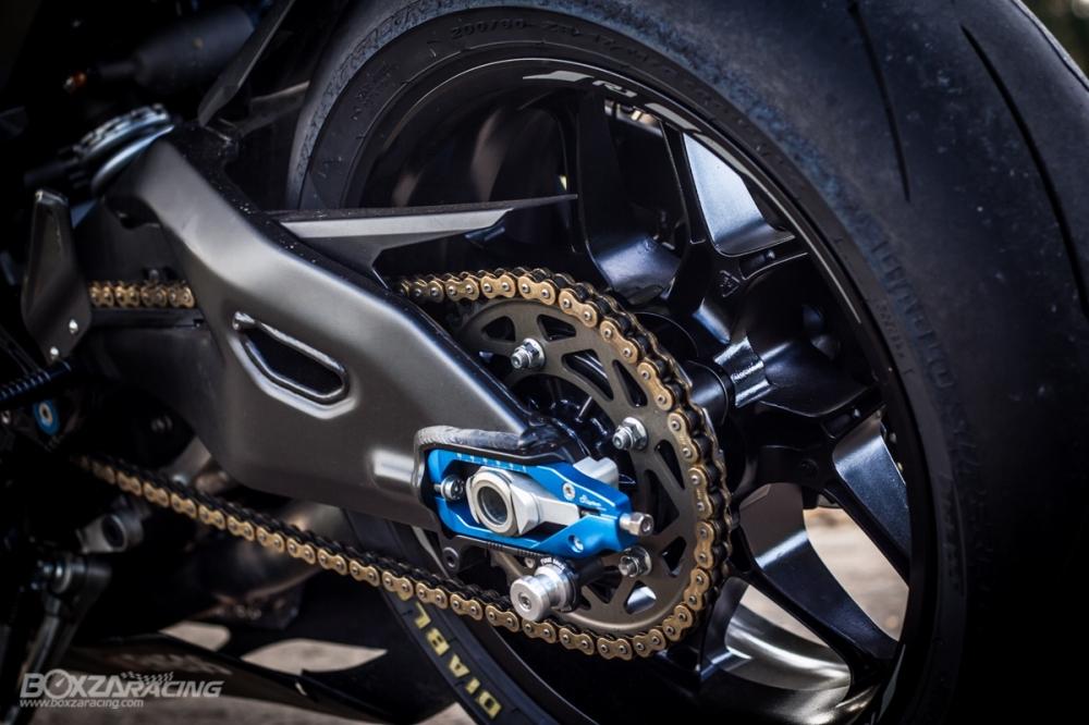Yamaha R1Ca duoi gai doc day xuc cam qua lan Makeover - 21