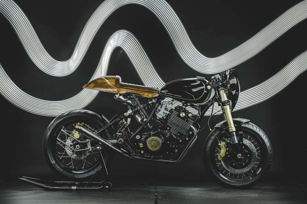 Yamaha XT600 ban do phong cach Dirt Racer den tu Lions Den Motorcycles - 3