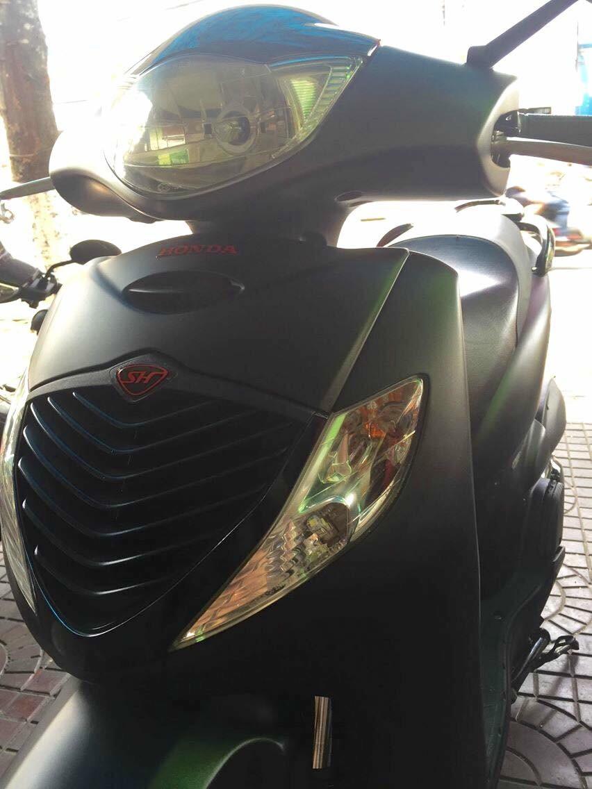 Ban Sh nhap Y 150cc Fi dk cuoi 2005 hoac giao luu Vario 150 cu dk 2017 - 2