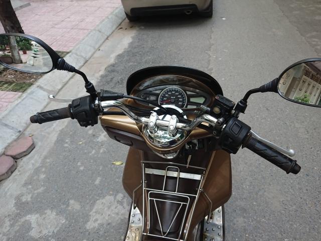 Ban xe Honda PCX 125 fi 2011 dong con moi chinh chu bien HN 26tr