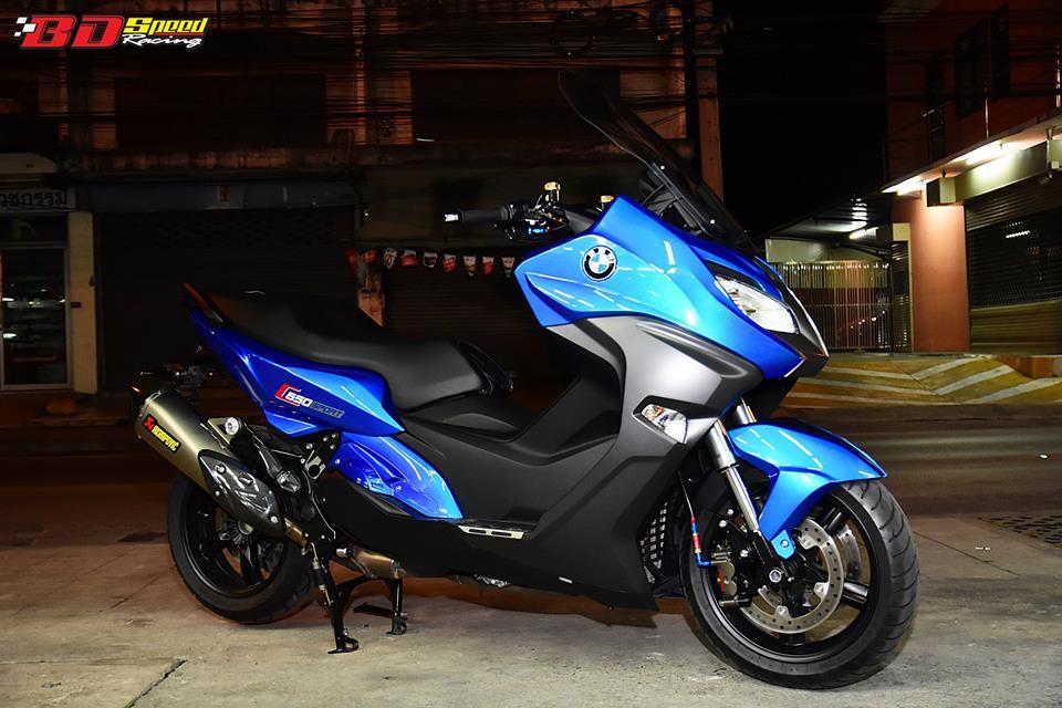 BMW C650 Sport nang tam tham my voi dan do choi com can - 12