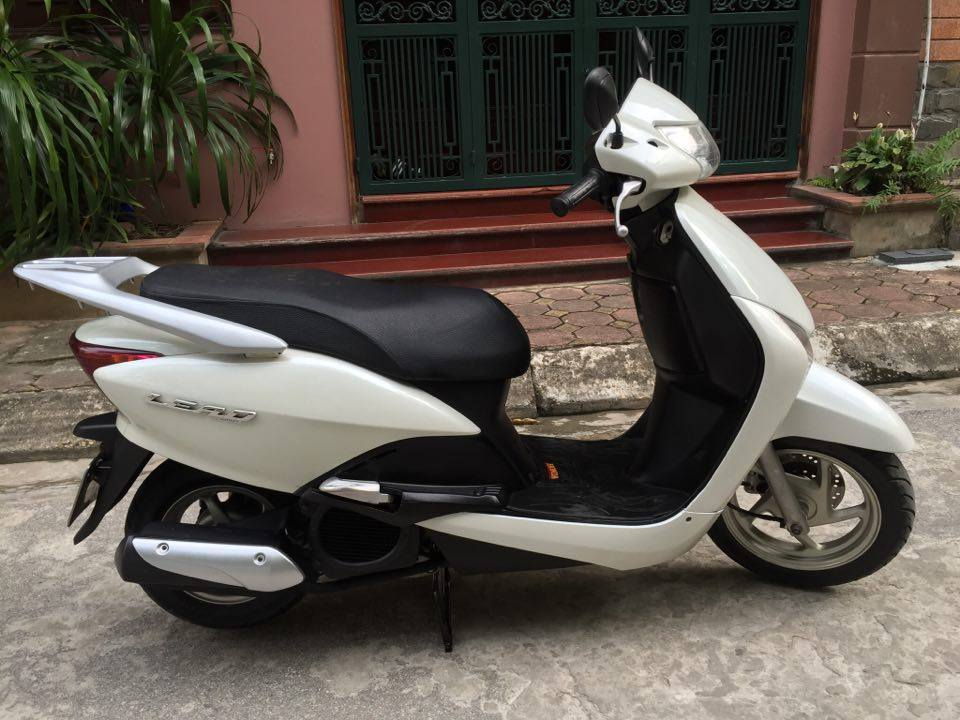 Can ban Honda Lead Fi Trang nguyen ban chinh chu dung con tot - 2