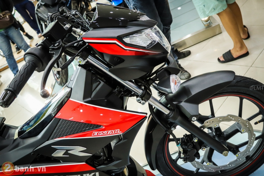 Can canh Suzuki Raider 150 Fi phien ban dac biet Yoshimura vua duoc ra mat - 13