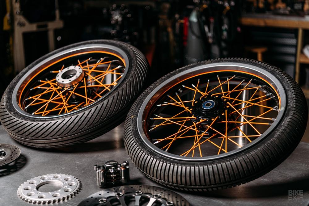 Ducati 250 ban do day sang tao voi bo khung hinh MOTO3 - 7