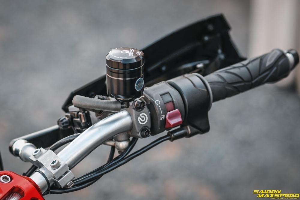 Ducati Hyperstrada 821 ban do bon tien cua Biker Sai Thanh - 13