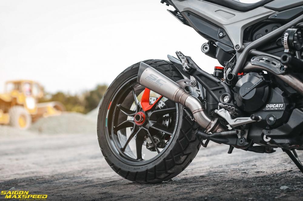 Ducati Hyperstrada 821 ban do bon tien cua Biker Sai Thanh - 23