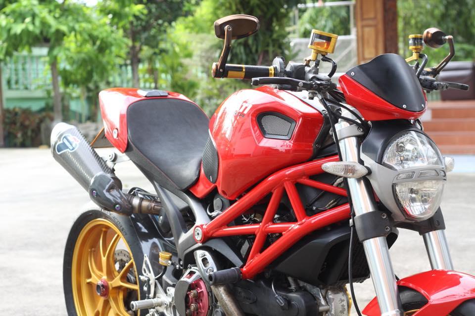 Ducati Monster 796 nang cap day noi bat tren dat Thai - 3