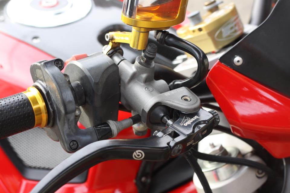 Ducati Monster 796 nang cap day noi bat tren dat Thai - 5