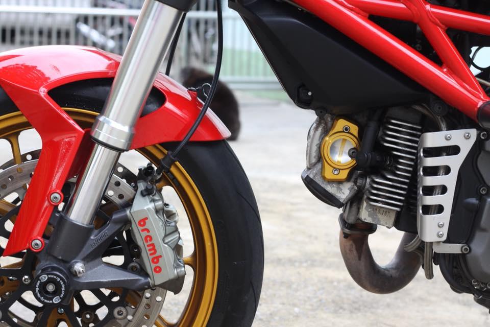 Ducati Monster 796 nang cap day noi bat tren dat Thai - 17
