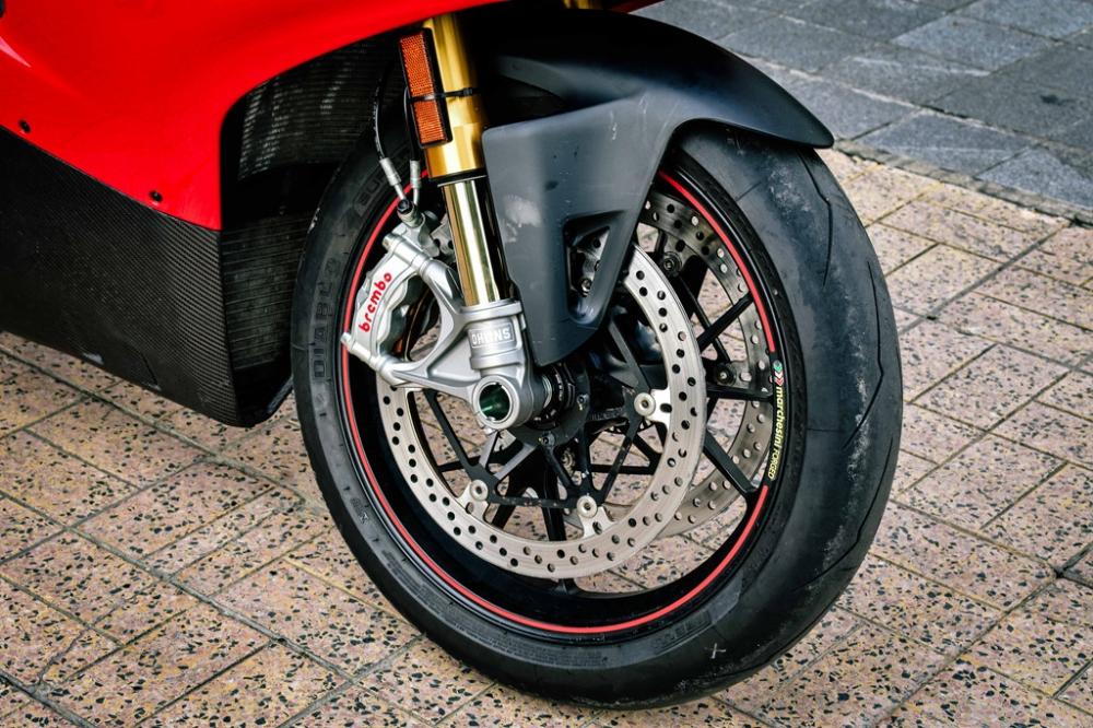 Ducati Panigale V4 S do cang det voi dan ong xa Termignoni 4USCITE fullsystem gan 200 trieu tai VN - 4