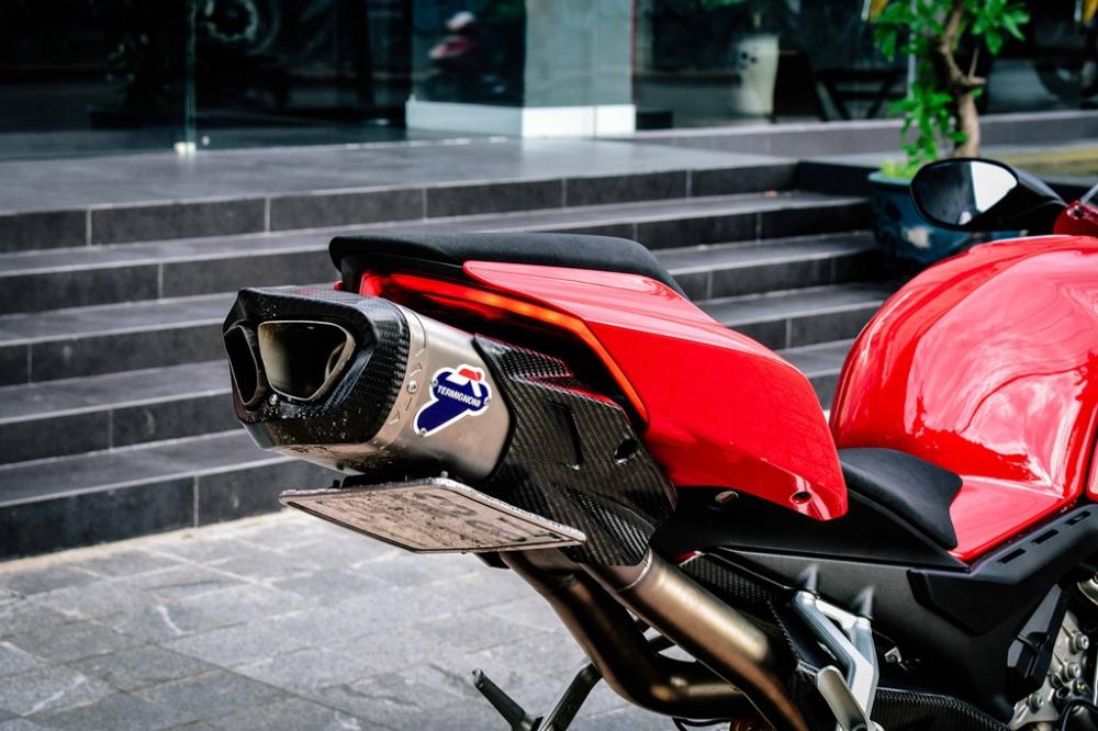 Ducati Panigale V4 S do cang det voi dan ong xa Termignoni 4USCITE fullsystem gan 200 trieu tai VN - 6