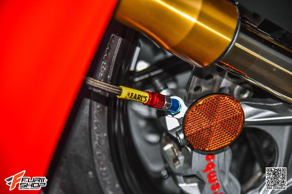 Ducati V4 Panigale ket hop tinh te voi dan thuong hieu Gale Speed - 6